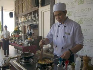 The Cocoon Boutique Hotel Manila - Food and Beverages