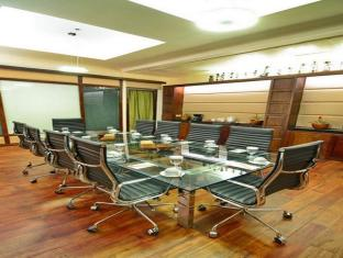 The Cocoon Boutique Hotel Manila - Meeting Room