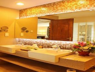 The Cocoon Boutique Hotel Manila - Bathroom