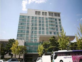 /fr-fr/hotel-le-win/hotel/jeonju-si-kr.html?asq=vrkGgIUsL%2bbahMd1T3QaFc8vtOD6pz9C2Mlrix6aGww%3d