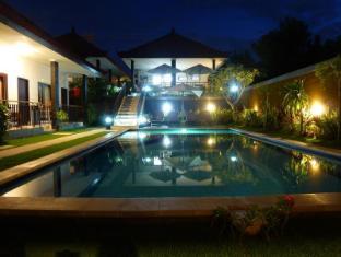 巴厘岛普里哈苏酒店 巴厘岛 - 游泳池