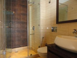 Metropolis Guest House New Delhi and NCR - Bathroom