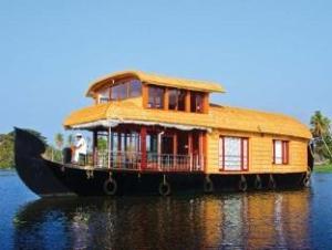 벤보우 하우스보츠  (Benbow Houseboats)