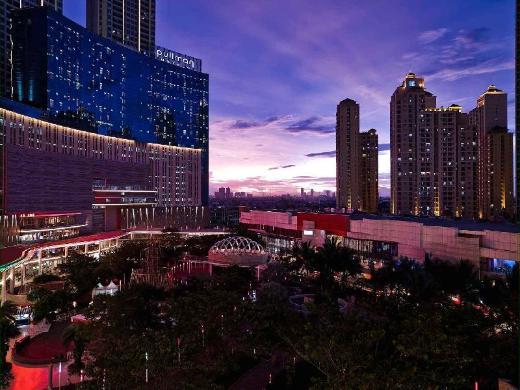 Pullman Jakarta Central Park Hotel