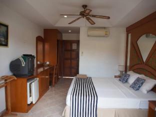 Waree's Guesthouse - Phuket