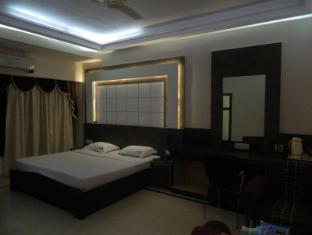 Silver Sands Beach Resort South Goa - Suite
