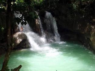 Chill-out Guesthouse Panglao Panglao Island - Waterfall