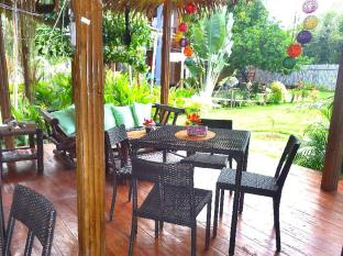 Chill-out Guesthouse Panglao Panglao Island - Restaurant Area