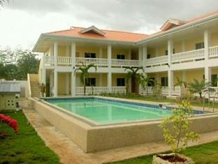 Alona Studios Hotel Panglao Island - Hotel Exterior and Swimming Pool