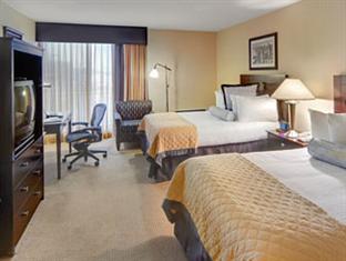 Wyndham Garden Hotel- Newark Airport Newark (NJ) - 2 Double Beds