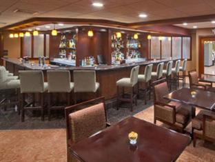 Wyndham Garden Hotel- Newark Airport Newark (NJ) - Pub/Lounge