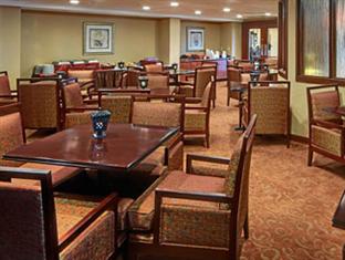 Wyndham Garden Hotel- Newark Airport Newark (NJ) - Restaurant