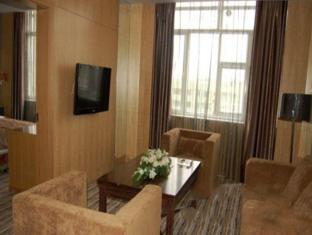 Harbin C.Kong Labor Hotel Харбин - Голяма стая