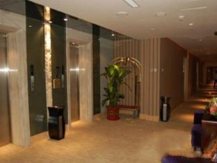 Harbin C.Kong Labor Hotel Харбин - Интериор на хотела