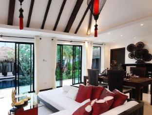 Villas Aelita Pool Villa Resort Пхукет - Інтер'єр готелю
