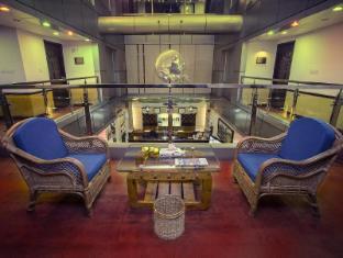 Hotel 71 Dhaka - 71 Corridor Lounge