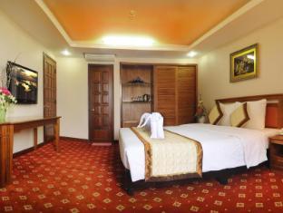 Green Bamboo - Tre Xanh Plaza Hotel Pleiku (Gia Lai) - Suite Room