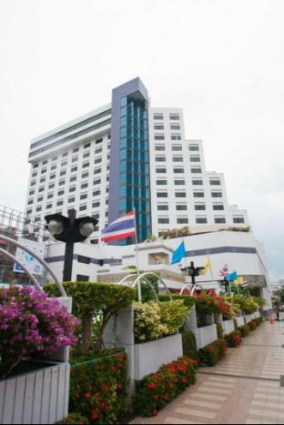 BP Grand Tower Hotel โรงแรมบีพี แกรนด์ ทาวเวอร์