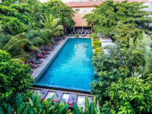 /hi-in/the-plantation-urban-resort-and-spa/hotel/phnom-penh-kh.html?asq=yiT5H8wmqtSuv3kpqodbCVThnp5yKYbUSolEpOFahd%2bMZcEcW9GDlnnUSZ%2f9tcbj