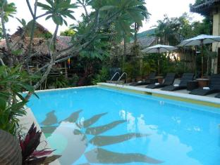 The Sun Villa Resort and Spa Hilltop Boracay Island - Swimming Pool
