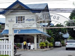 Viajeros Economy Inn Davao City - Entrance
