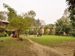 โรงแรมมาชันพาราไดซ์วิว (Machan Paradise View Hotel)