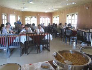 Hotel Wild Life Camp Chitwan (distrikt)  - Restaurant