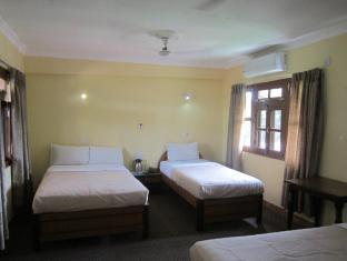 Hotel Wild Life Camp Chitwan - Chambre