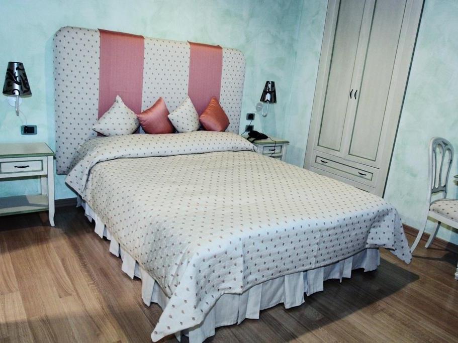Rhona's Rooms B&B