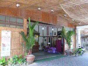 Sunrise PCB Beach Motel @ PCB Resort