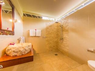 甘地達薩拉瑪辛塔酒店 峇里 - 衛浴間