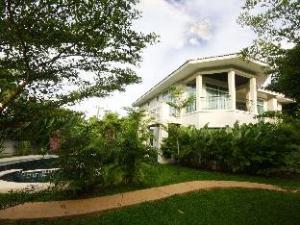 탐낙 비치 하우스  (Tamnak Beach House)