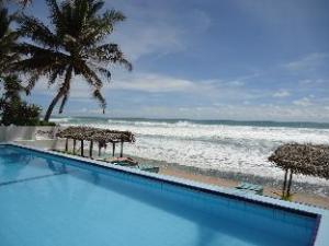 關於尼朋海灘別墅度假村 (Nippon Villa Beach Resort)