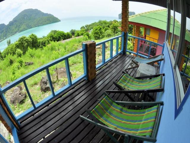พีพี วิวพอยต์ รีสอร์ต – Phi Phi View Point Resort