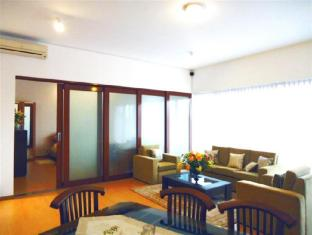 Breeze Apartment Colombo - Apartment Living Area