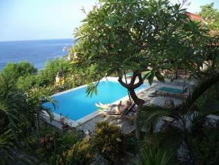 Anugerah Villas Amed Bali - Piscina