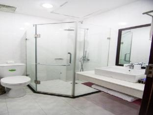 Phung Hung Hotel Hanoi - Bathroom