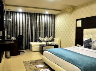 /diamond-plaza-hotel/hotel/chandigarh-in.html?asq=jGXBHFvRg5Z51Emf%2fbXG4w%3d%3d