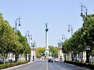 City Center Guesthouse Hotel Budapest - Andrassy Avenue and Heroes' Square