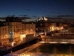 Reims Hotel Paris - View