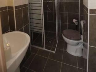 Reims Hotel Paris - Bathroom