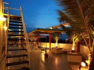 Langit- Langi Hotel Kuala Lumpur - Roof Terrace