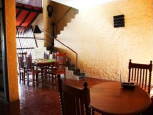 Bangalawa Hotel