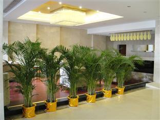 Фото отеля Jiujiang Shanshui International Hotel