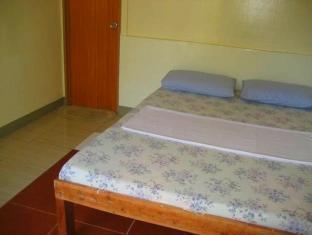 Alona Grove Tourist Inn Panglao Island - غرفة الضيوف