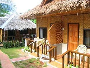 Alona Grove Tourist Inn Panglao Island - Bahagian Luar Hotel