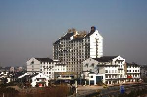 乌镇黄金水岸大酒店 (Wuzhen Gold River Side Hotel)