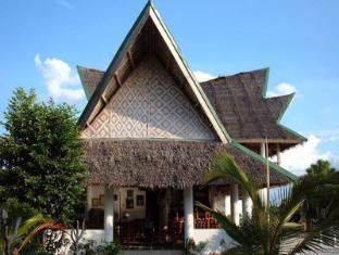 Asian Belgian Resort Moalboal - Business Center