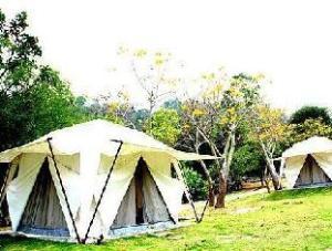 Khao Kheaw Es Ta Te Camping Resort & Safari