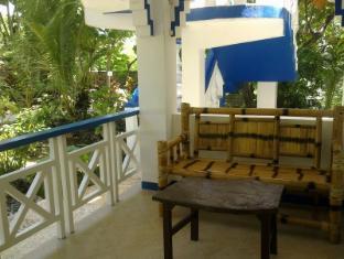 Mangrove Oriental Resort Pulau Malapascua - Balkon/Teras